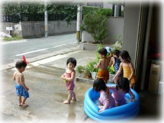 プールの様子